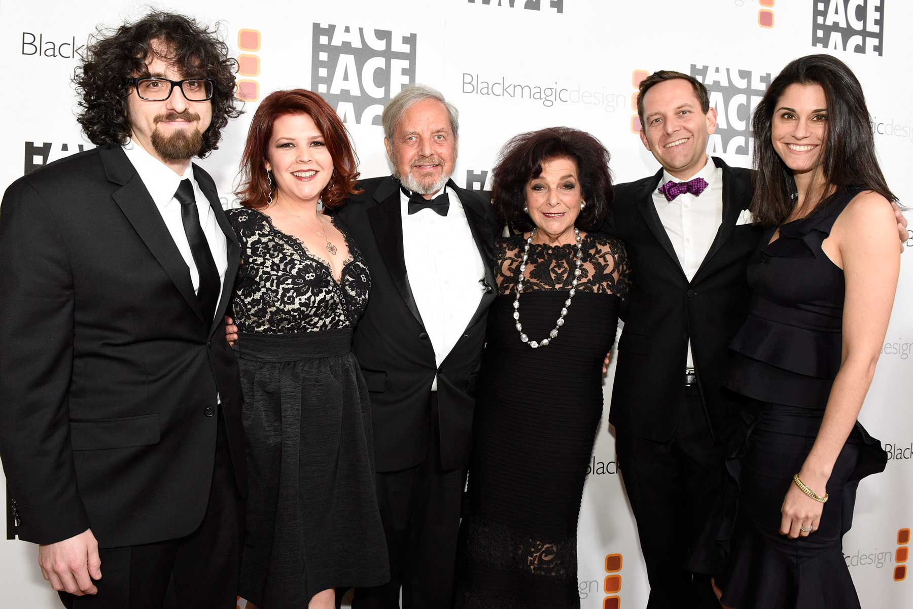 Image of Diana and Lionel Friedberg with family